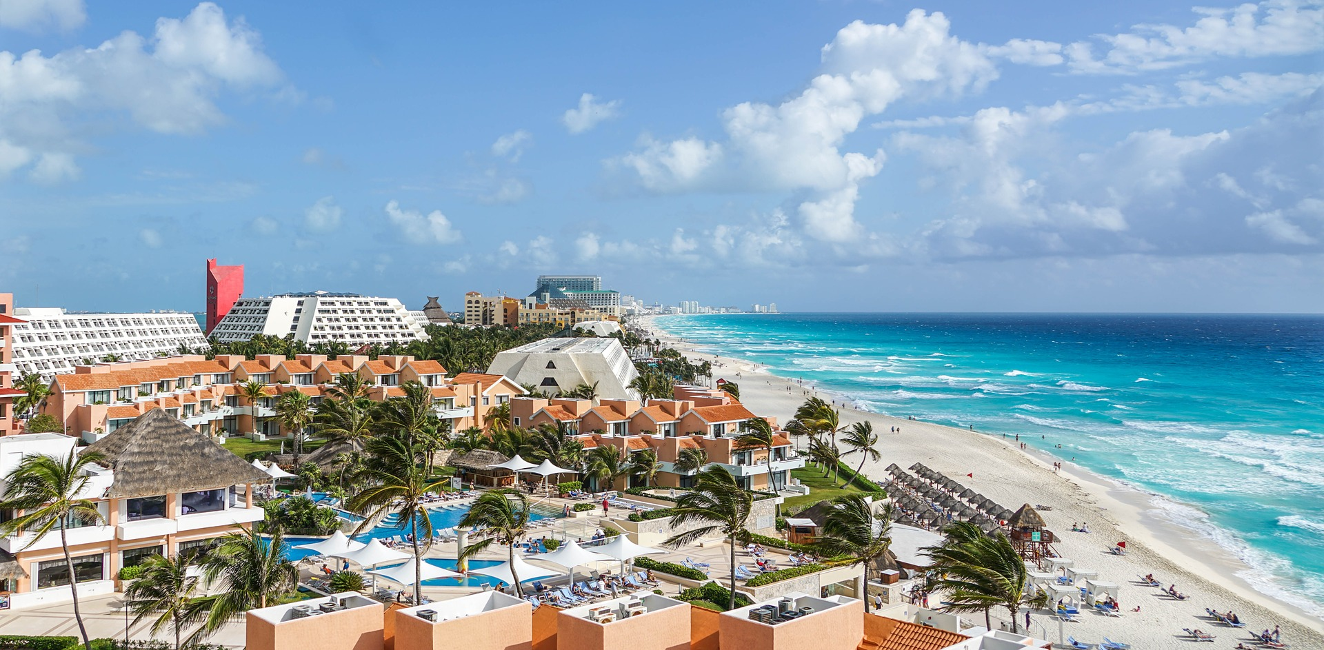 Beach in Cancun, Charter in Cancun