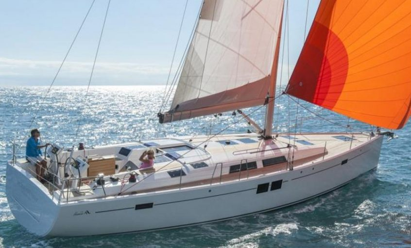 Rent sailboat Hanse 505 in Martinique