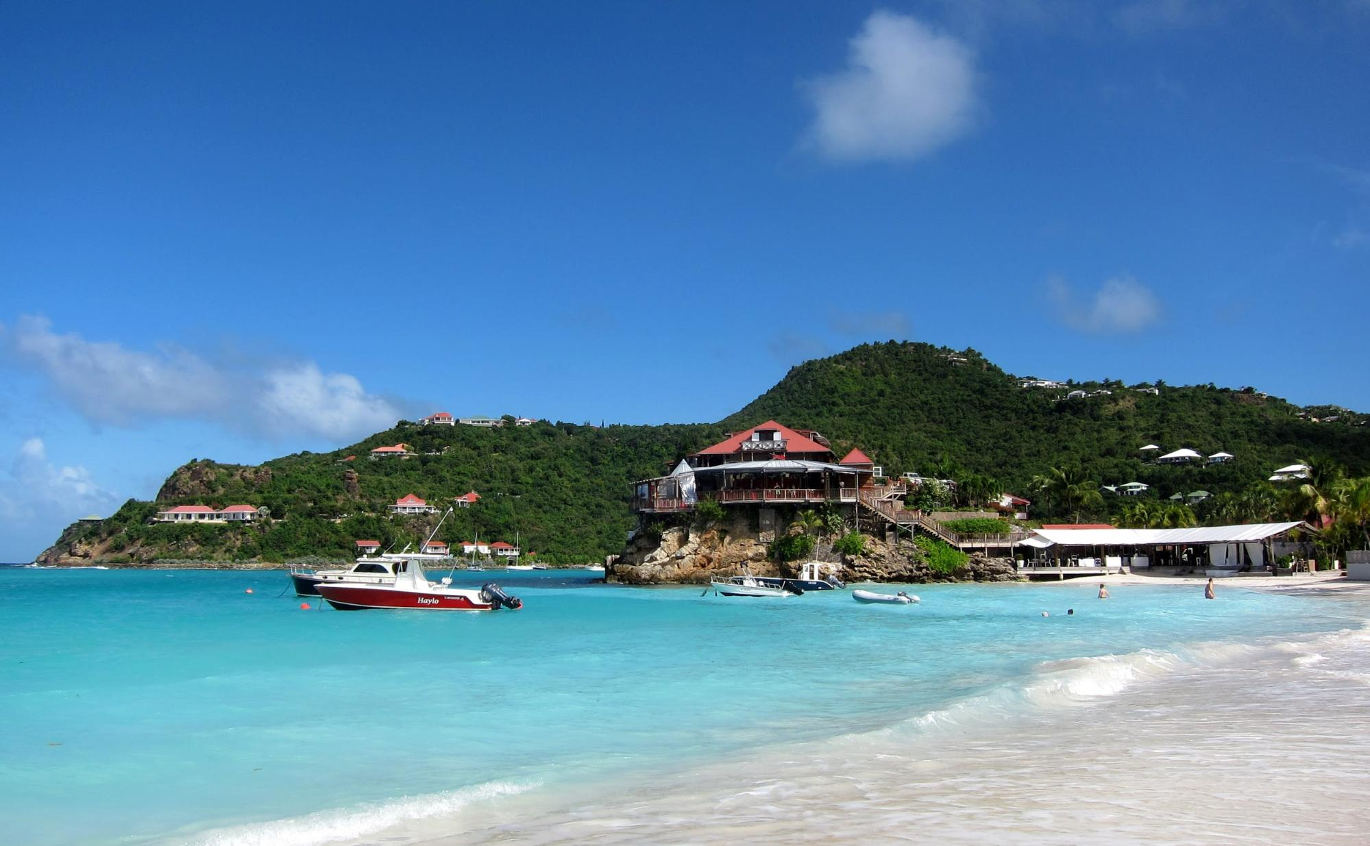 Don't miss Anse de Combier when sailing in St Martin
