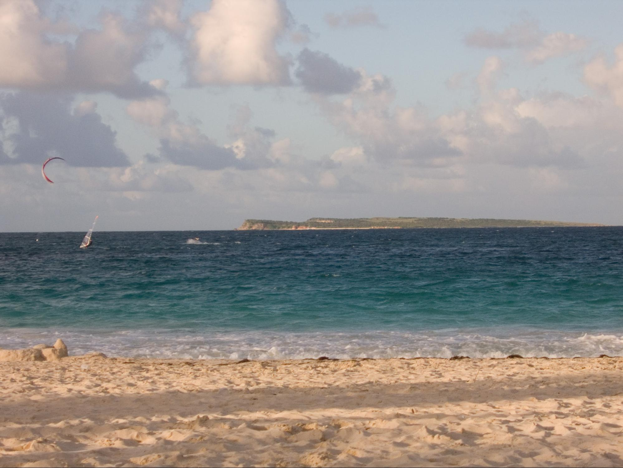 Discover Orient Bay with your St Martin boat charter