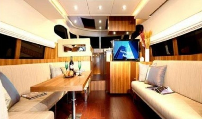 Dynamique Dyna 51 for chartering in Martinique