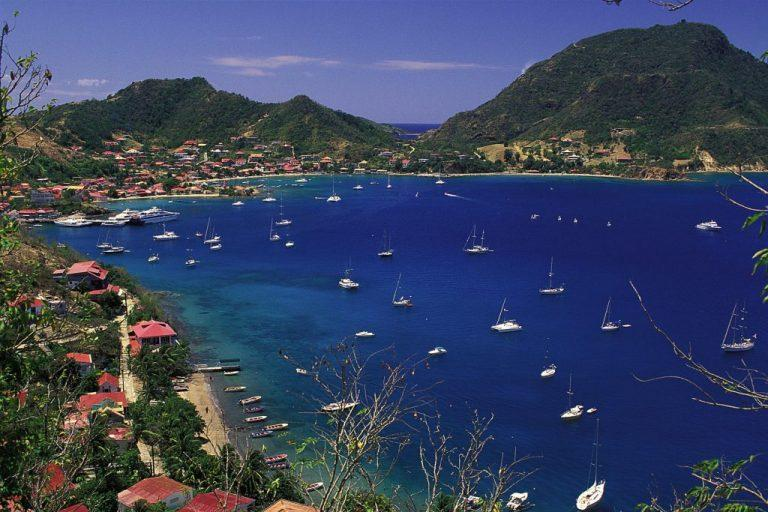 Gosier Marina is a definite checkpoint for your sailing itinerary around Guadeloupe