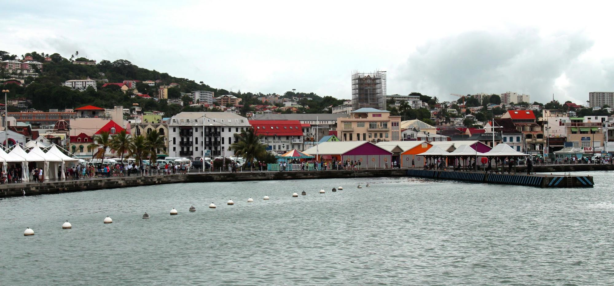 Start your Martinique holidays in Fort de France