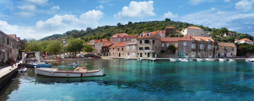 Second stop on sailing route: Suđurađ harbour