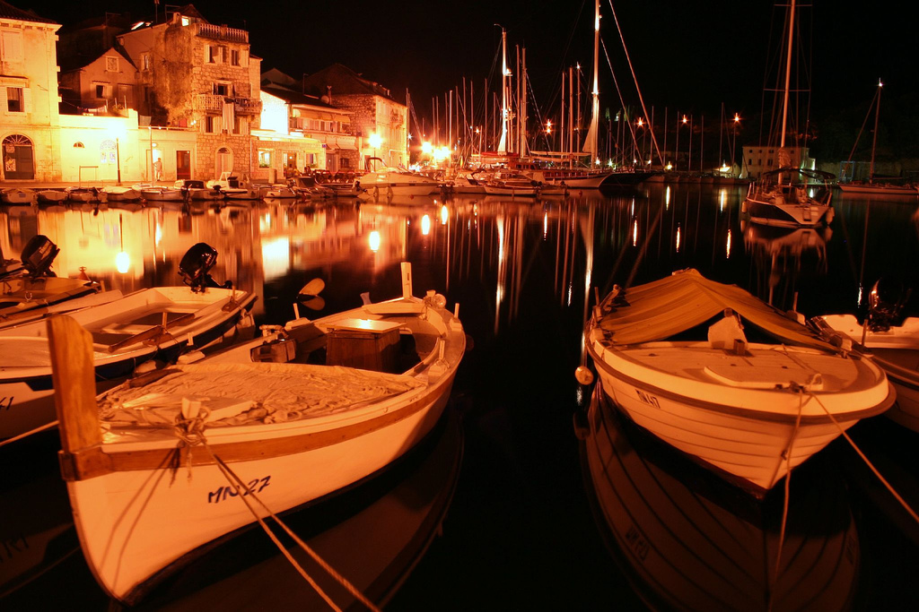 Milna at night on the Split boat charter route