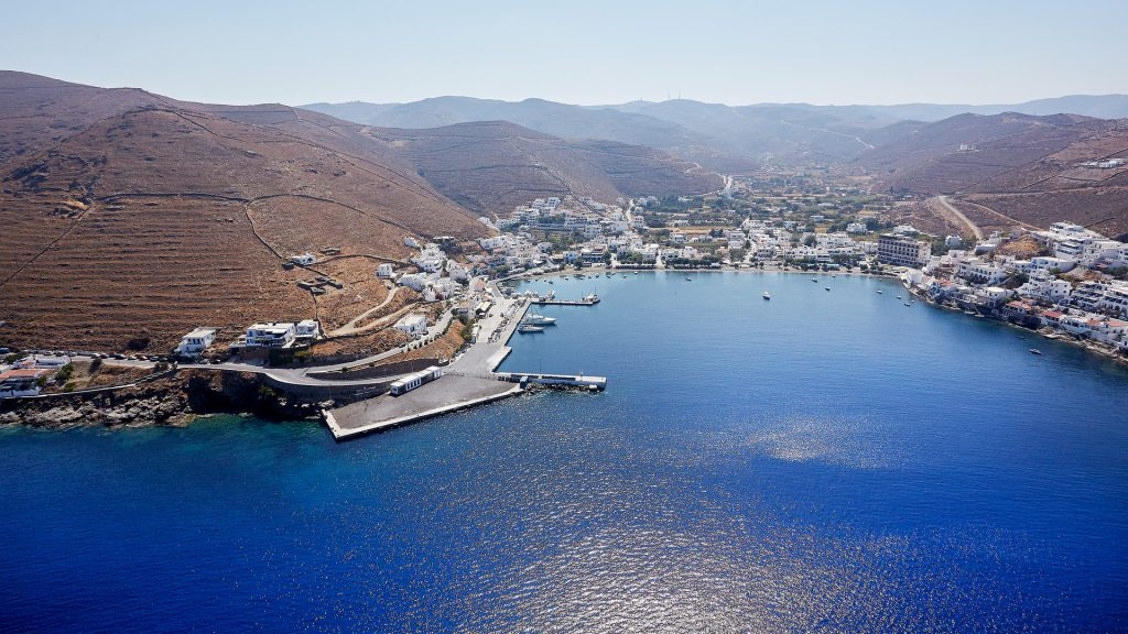 Cyclades experience by strolling through Kythnos'