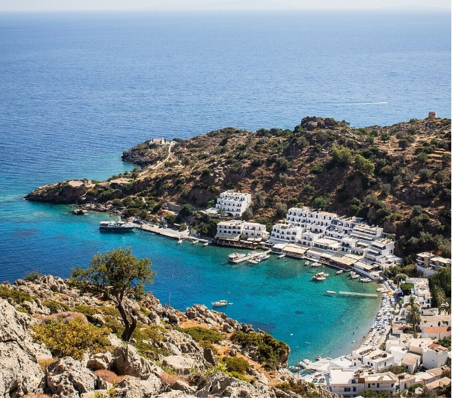 Loutra is the oldest settlement in the Cyclades and famous for its hot springs