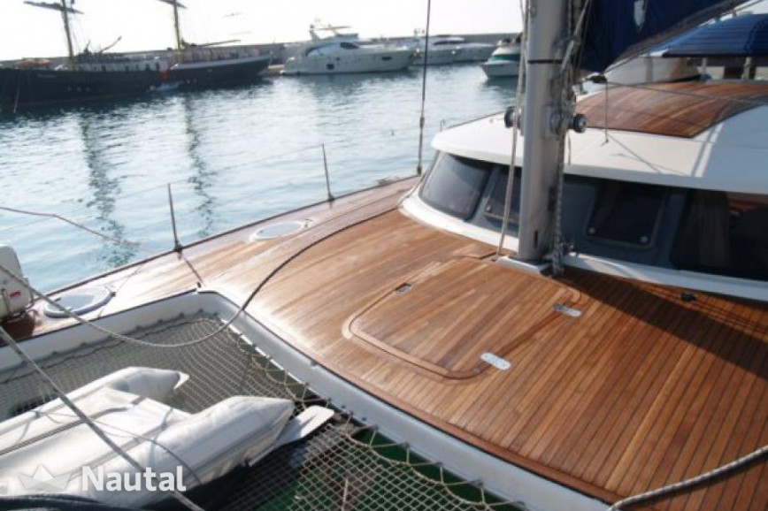 Catamaran rent Fontain Pajot Belice 43 in Port d'Eivissa, Ibiza
