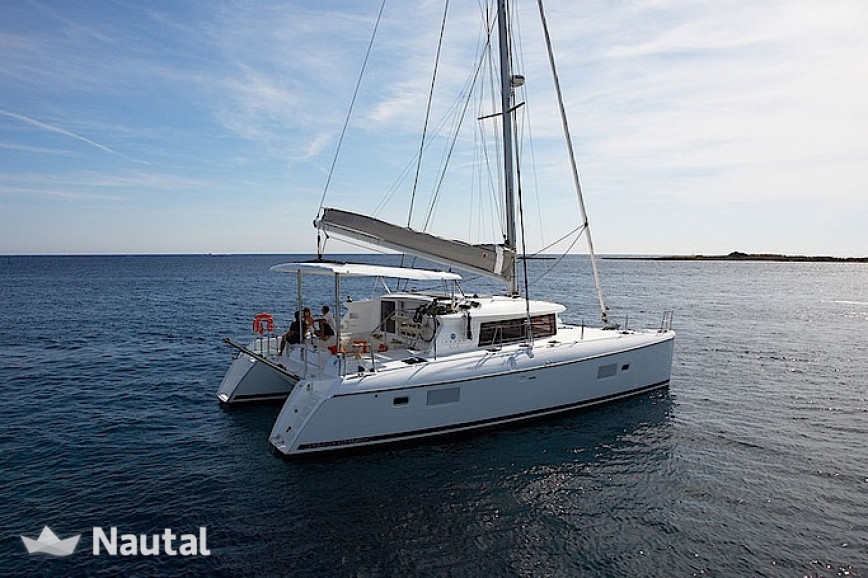 Catamaran rent Lagoon  42 in Port Santa Lucia, Var - Saint-Raphaël