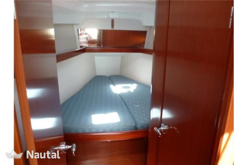 Sailing boat rent Oceanis Oceanis 40 in Port du Crouesty, Morbihan - Crouesty