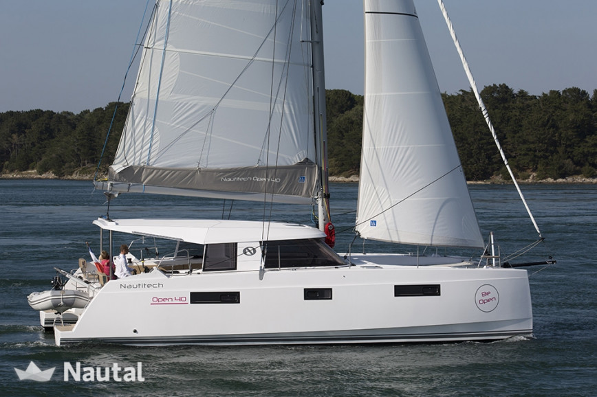 Huur catamaran Nautitech Open 40 in Port Grimaud, Var