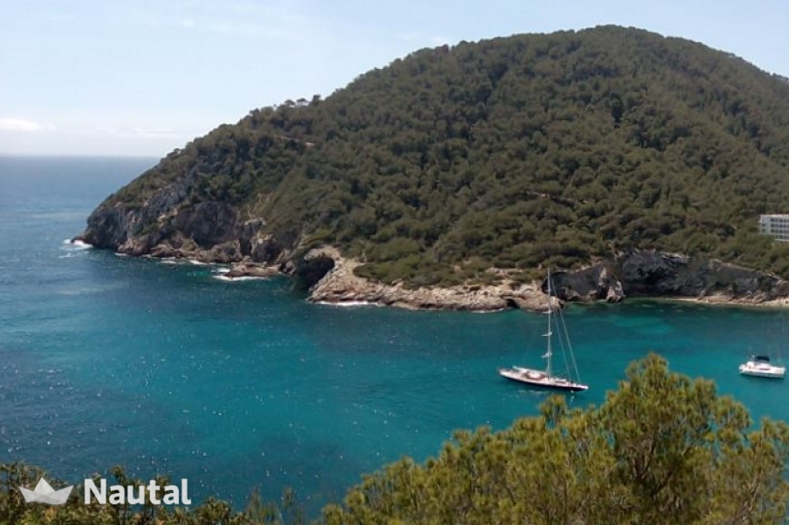 Sailing boat rent Bavaria 40 in Port de Sant Antoni, Ibiza
