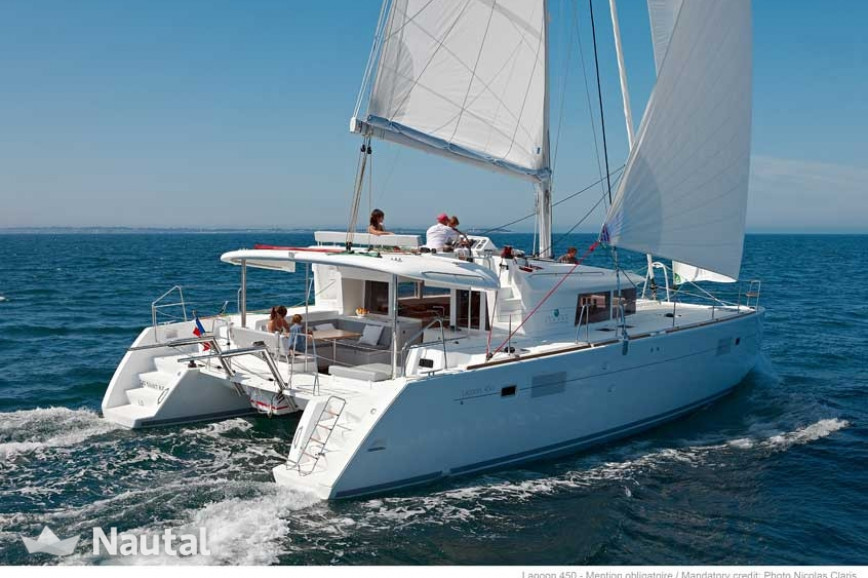 Catamaran rent Lagoon  450 F in Inner Harbor, British Virgin Islands