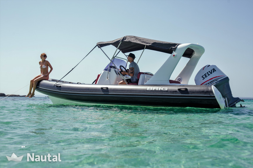Semi-rigid 6.5 meters in Marina Botafoch, ideal to go to Formentera ...