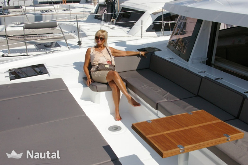 Katamaran chartern Catana Bali 4.5 with watermaker & A/C - PLUS, Marina Port-La-Royale, Saint-Martin