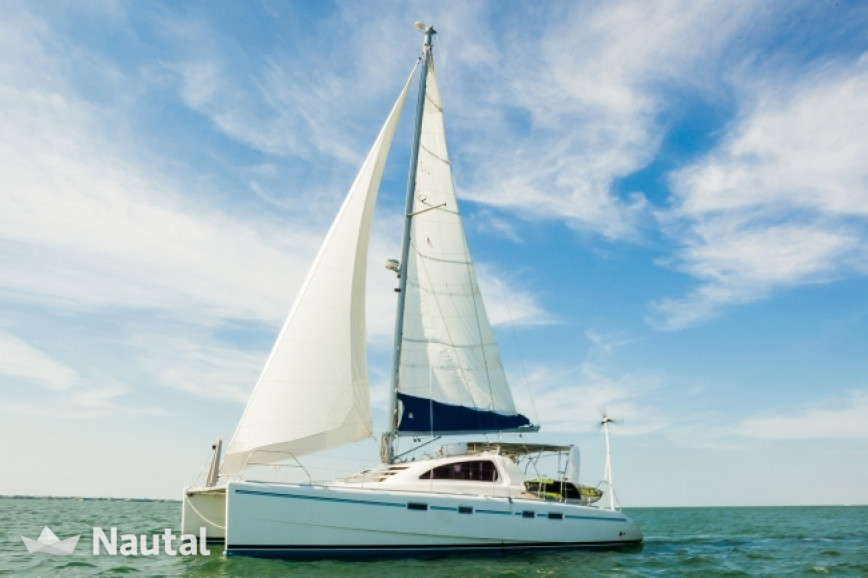 Catamaran Leopard 42 Ft In Miami Beach South Florida