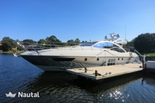 Yacht rent Azimut 62 ft Azimut in Yacht Haven Marina, Nassau