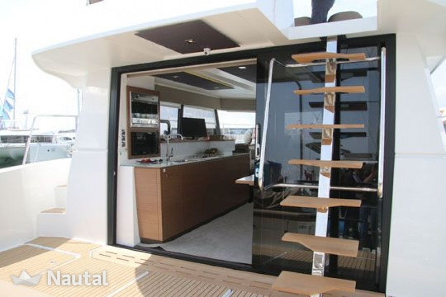Louer catamaran Fountaine Pajot   MY 37, Cogolin, Var