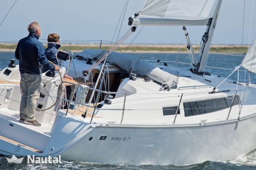 Sailing boat rent Bavaria 33s Easy in Deko Marine, Flevoland