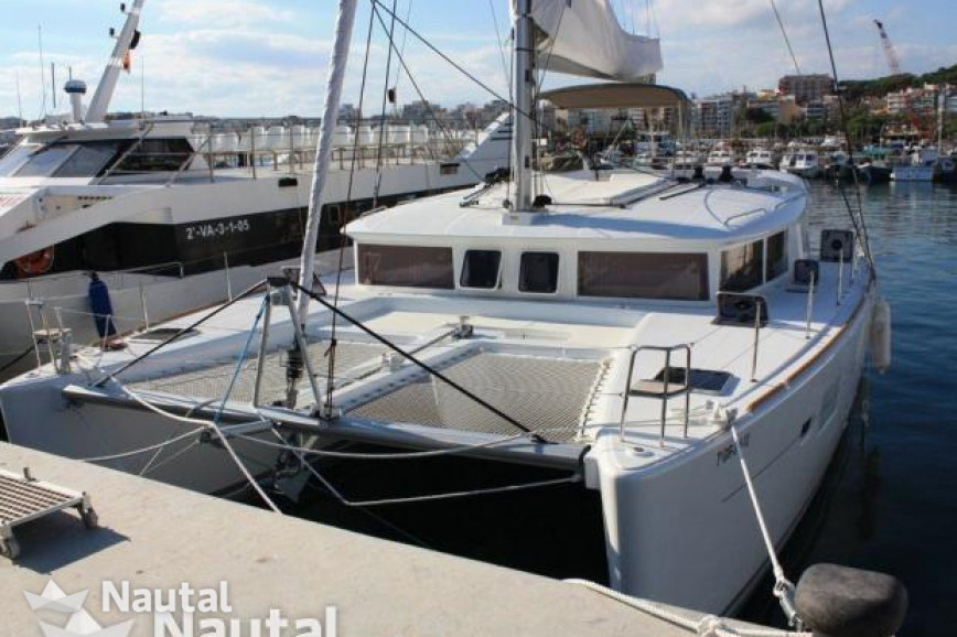 Catamaran rent Catamaran Lagoon 450 in Port de Corbières, Bouches-du ...