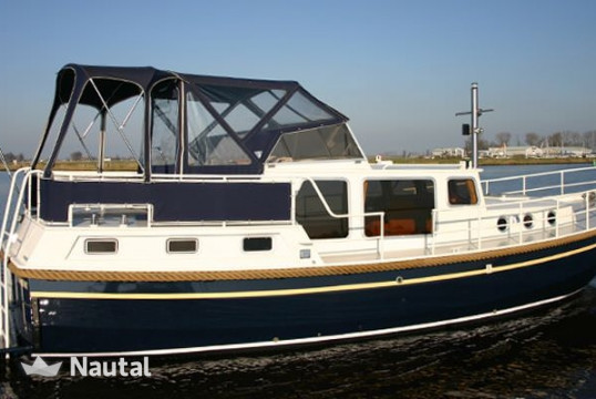 Houseboat rent Duetvlet 1040 in Terherne, Friesland