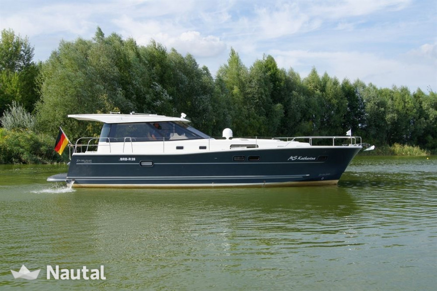 Motorboat Rent Delphia Yachts Delphia 1350 Escape In Marina Werder