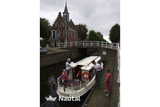 License free boat rent FB 925 in Koudum, Friesland