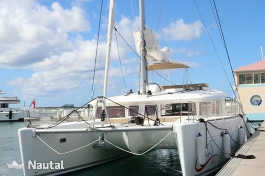 Catamaran rent Lagoon  450 in Palm Cay Marina, Bahamas