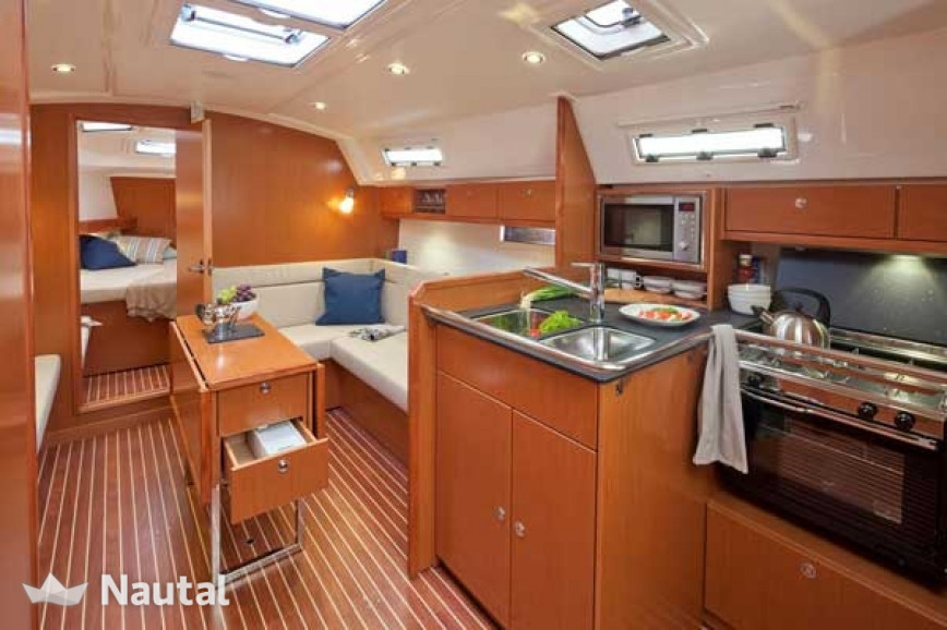 Huur zeilboot Bavaria  Cruiser 36 (3Cab) in Lemmer, Friesland