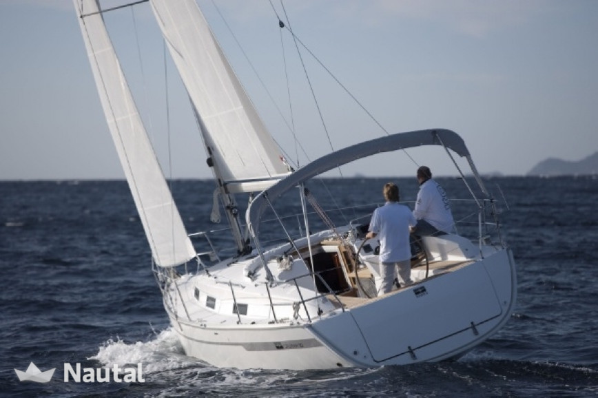 Sailing boat rent Bavaria  Cruiser 32 in Lemmer, Friesland