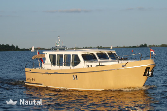 Motorboat rent Custom made Olympia 34 in Warmond, South Holland