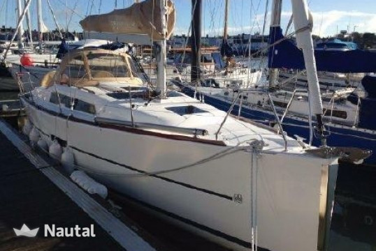 Sailing boat rent Dufour Yachts  310  in Yacht Club Del Mediterraneo, Sicily