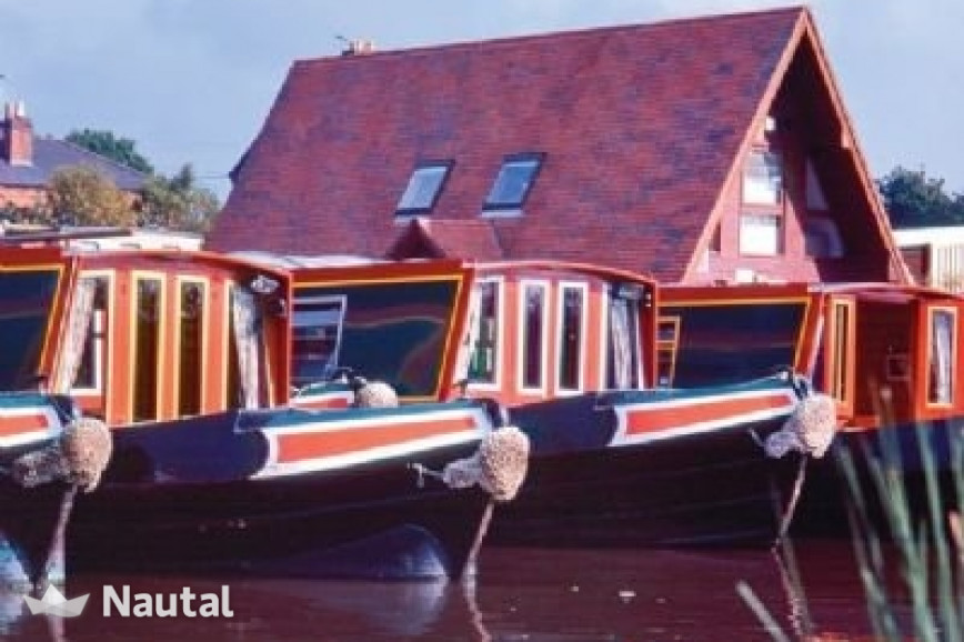 Hausboot Chartern Custom 66ft Cruiser Stern Im Falkirk Base Falkirk