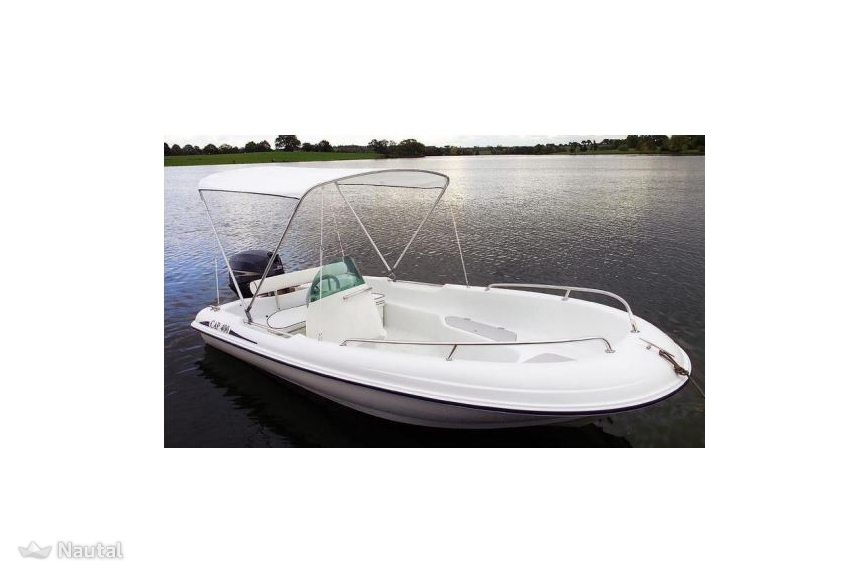 Fishing boat rent rigiflex cap 400 in port de hy res var for Rent fishing gear near me