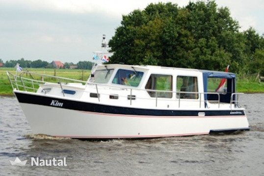 Motorboat rent Merenpoort 925 in ´t Ges, Friesland