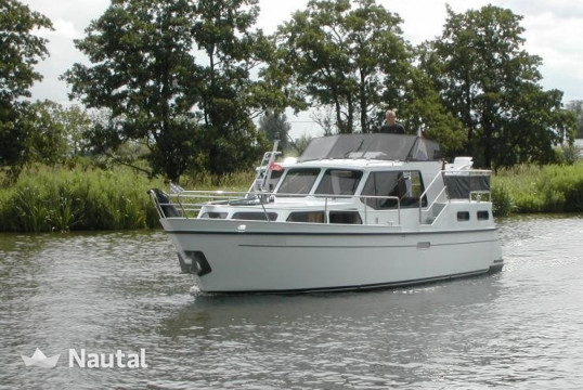 Motorboat rent Custom made Boarnkruiser 1000 in Zoutepoel, Friesland