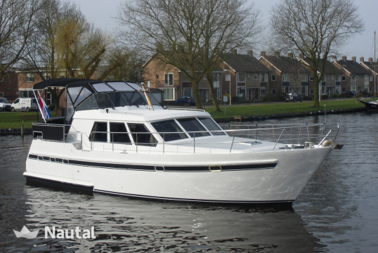 Houseboat rent Mistral 1350 in Zoutepoel, Friesland