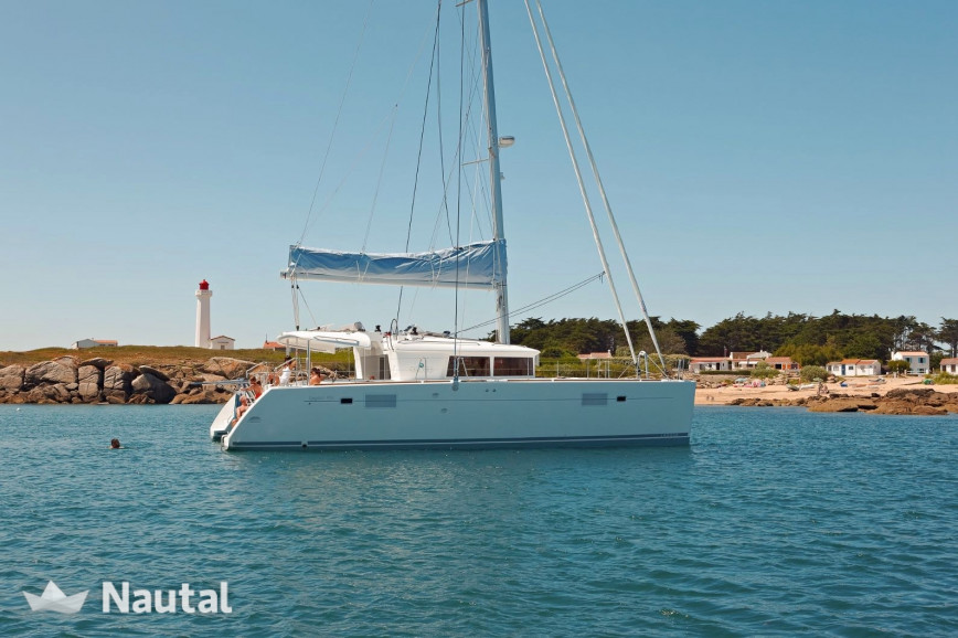 Catamaran rent Lagoon  450 F in Marina of Lefkas, Lefkas