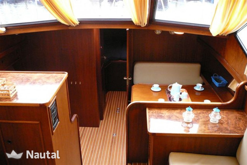 Houseboat rent Vri-Jon Yachts Contessa 45 in Heerenveen, Friesland