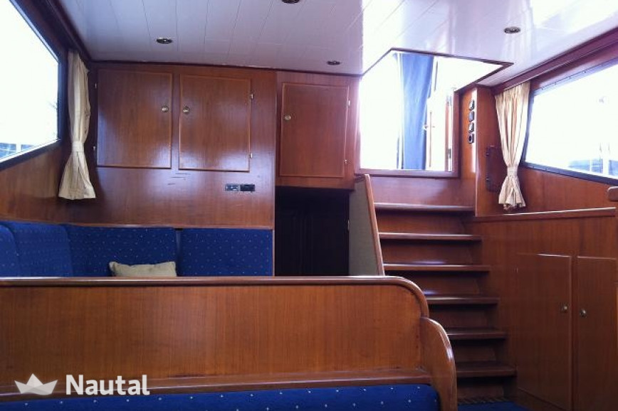 Houseboat rent Custom made Markies in Heerenveen, Friesland