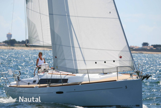 Sailing boat rent Beneteau Oceanis 37 in Stavoren, Friesland