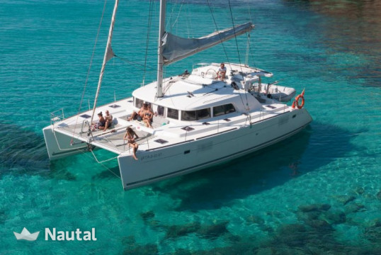 Catamaran rent Lagoon Catamaran 440 in Port de Sant Antoni, Ibiza
