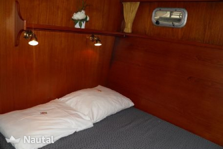 Houseboat rent Vacance Classic 13.10 in Watersportboulevard 't Ges, Friesland