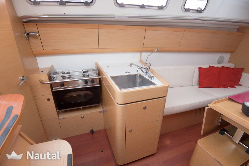 Sailing boat rent Beneteau  First 35 in Marina Kastela, Split, Hvar