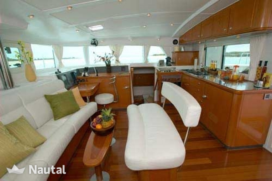 Прокат катамаранов Lagoon  440 (4Cab)  Flybridge, Port d'Eivissa, Ибица