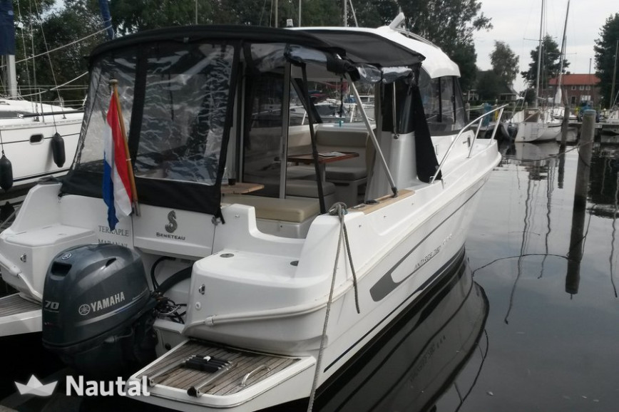 Huur motorboot Beneteau Antares 780 in Terkaple, Friesland