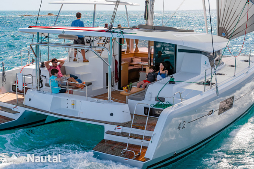 Lagoon 42 New 2017 For Rent In Lefkas Nautal
