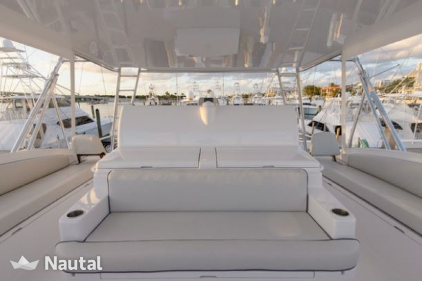 Yacht rent Hatterras 21.33m in Miami Beach, South Florida