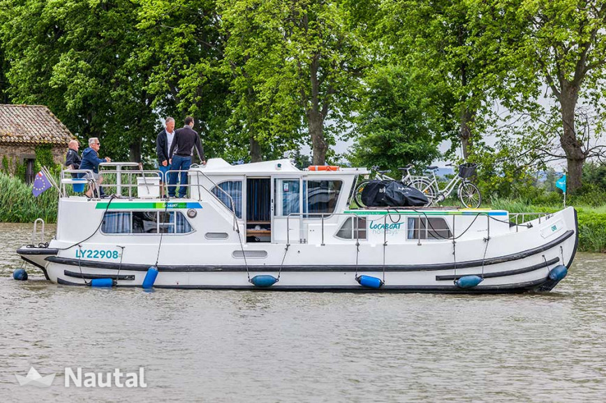 Huur motorjacht Locaboat 1180FB in Loosdrecht, Noord-Holland