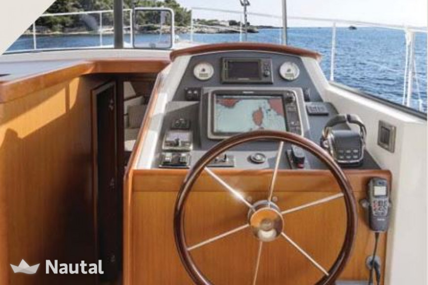 Louer yacht Beneteau Swift 44, Port Saint-Laurent-du-Var, Alpes-Maritimes - Nice